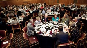 Faculty-staff-and-alumni-enjoy-dinner-prior-to-the-awrds-ceremony_2